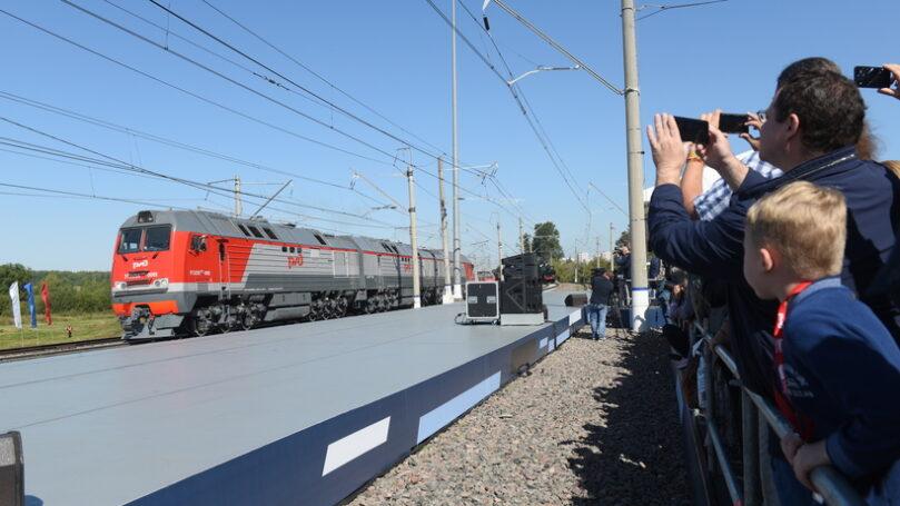 Железнодорожный салон техники и технологий PRO//Движение.Экспо за один день посетило более 30 тысяч человек