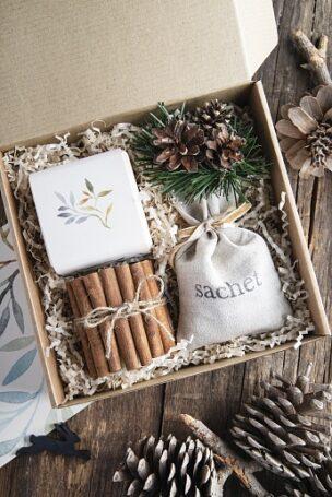 Загляните в каталог новогодних подарков компании Атрибутика