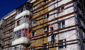 Капремонт и шифер: комбинат «Волна» принял участие в государственной программе