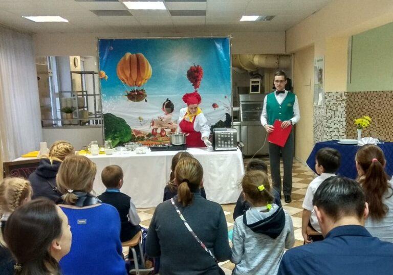 От сырья до готового обеда: питание в детсадах и школах Москвы под строгим контролем