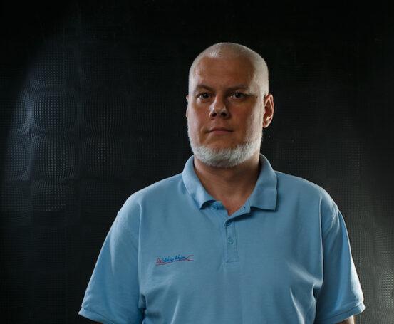 Лазер лечит! Как без операций избавляют от варикоза — комментарий ведущего флеболога страны
