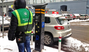 Москвичи лишились возможности бесплатной автопарковки у своего дома