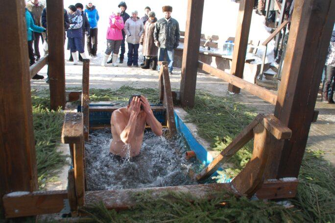 В Москве подготовили 37 мест с оборудованными крещенскими купелями