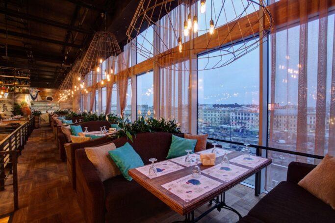 Из-за эпидемии коронавируса московские рестораны перейдут на новый режим обслуживания