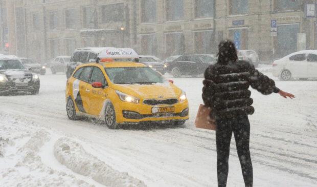 С 2012 года доходы таксистов в Москве уменьшились в три раза