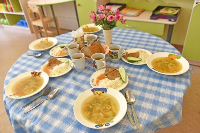 Польза, баланс и разнообразие – главные принципы детского питания в Москве