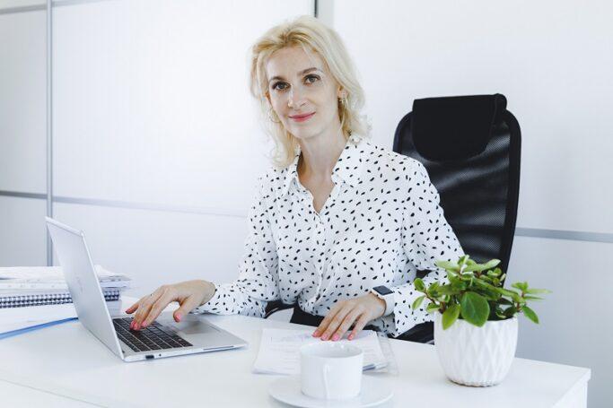 Пользователям CRM «Простой бизнес» «оплатят» переход на удаленный режим работы