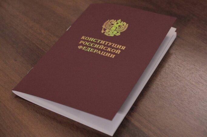 «Пусть эта победа будет труднее, но она будет чистой» – политолог прокомментировал решение Путина о переносе голосования