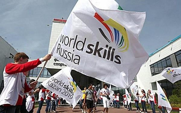 Исаак Калина поздравил московского студента с триумфом на чемпионате мира WorldSkills