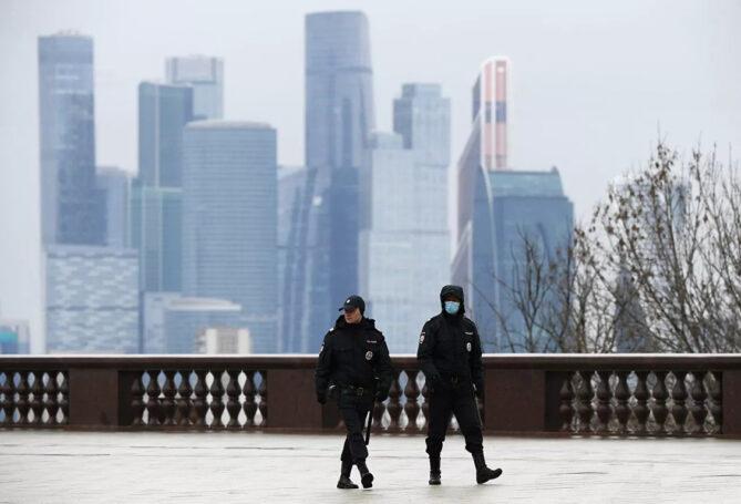 Введение пропускного режима в Москве откладывается – Сергей Собянин