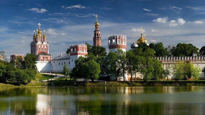 Наталья Сергунина рассказала об онлайн-программе, подготовленной парками и усадьбами Москвы