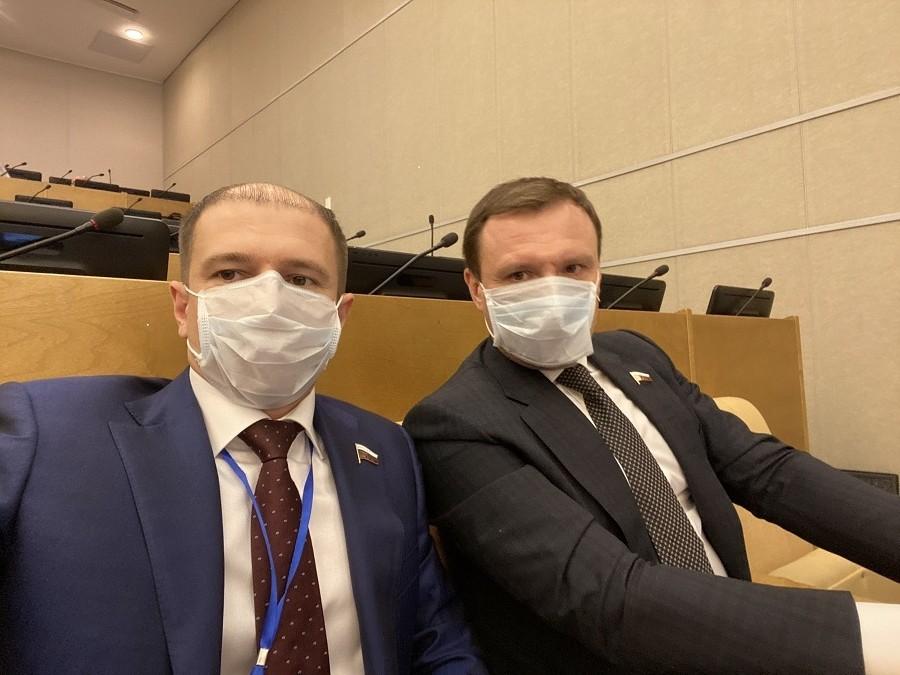 Михаил Романов рассказал о принятых Госдумой законах для поддержки граждан во время пандемии
