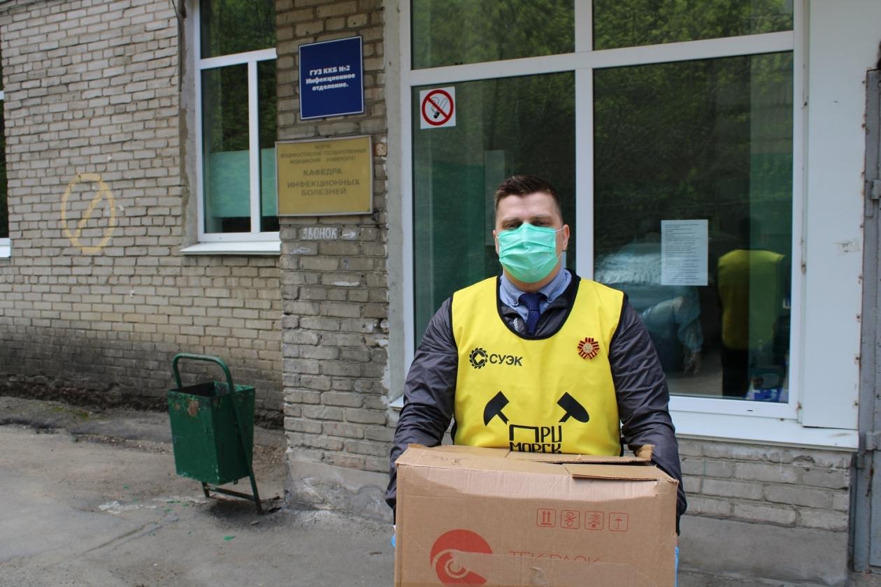СУЭК Андрея Мельниченко в 12 регионах своего присутствия поддерживает медиков