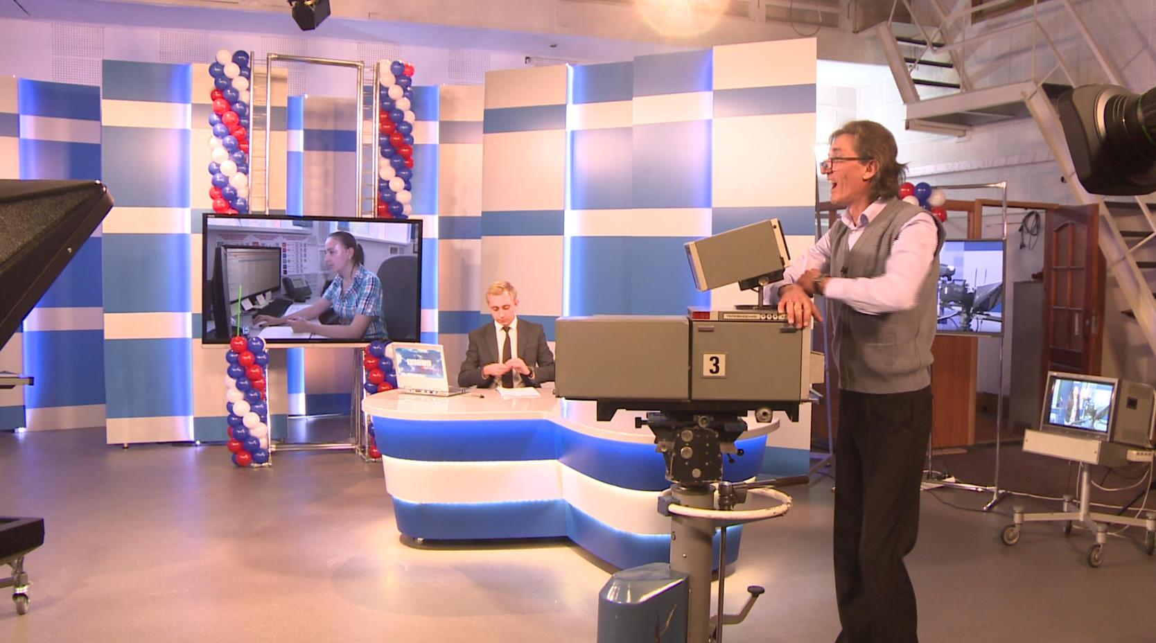 Зачем замглавы Минкомсвязи Олег Иванов хочет уничтожить 1200 региональных телеканалов?