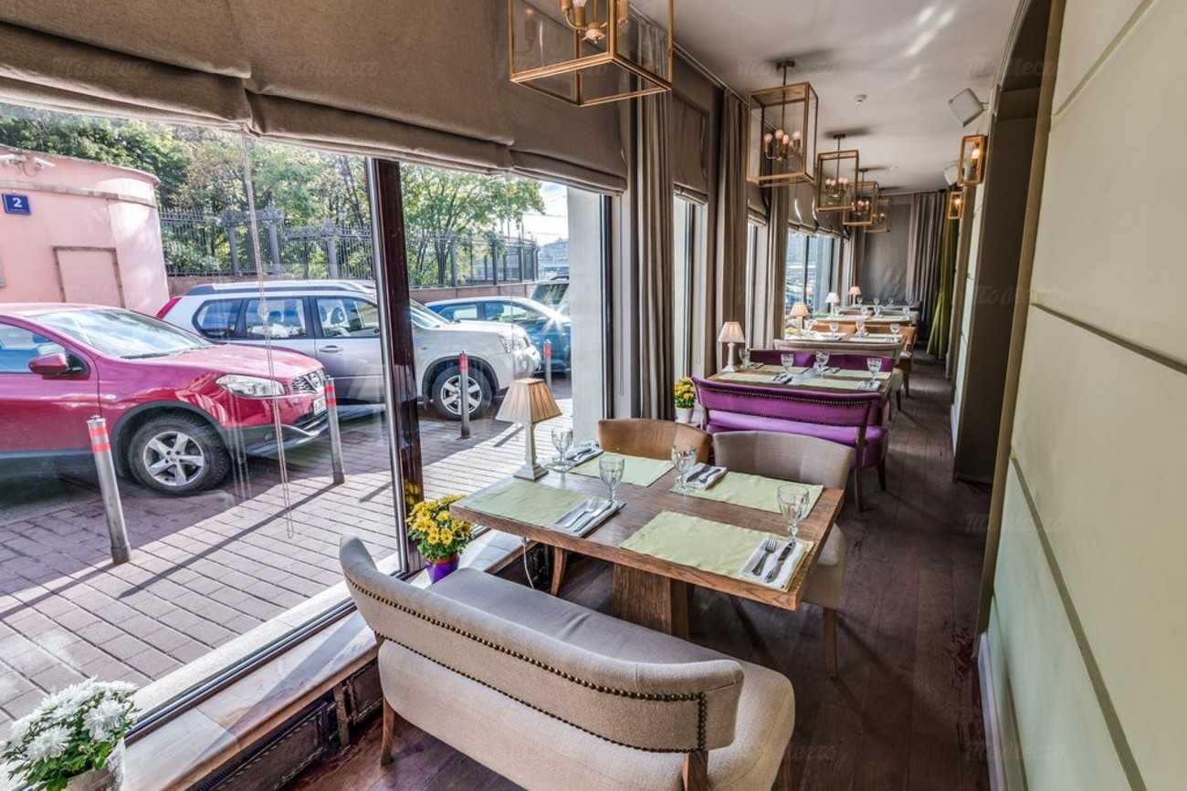 Скандал в Москве — ресторан «Белый дом» спокойно работает, несмотря на ограничения на фоне пандемии
