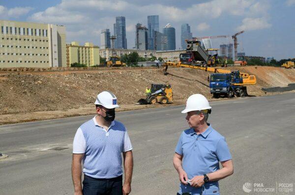 Сроки завершения строительства 24-й вылетной магистрали обсудили мэр Москвы и руководство АО «МИСК»