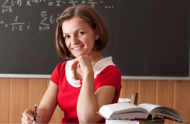 Андрей Зинин прокомментировал проведение в Москве флешмоба для выпускников школ