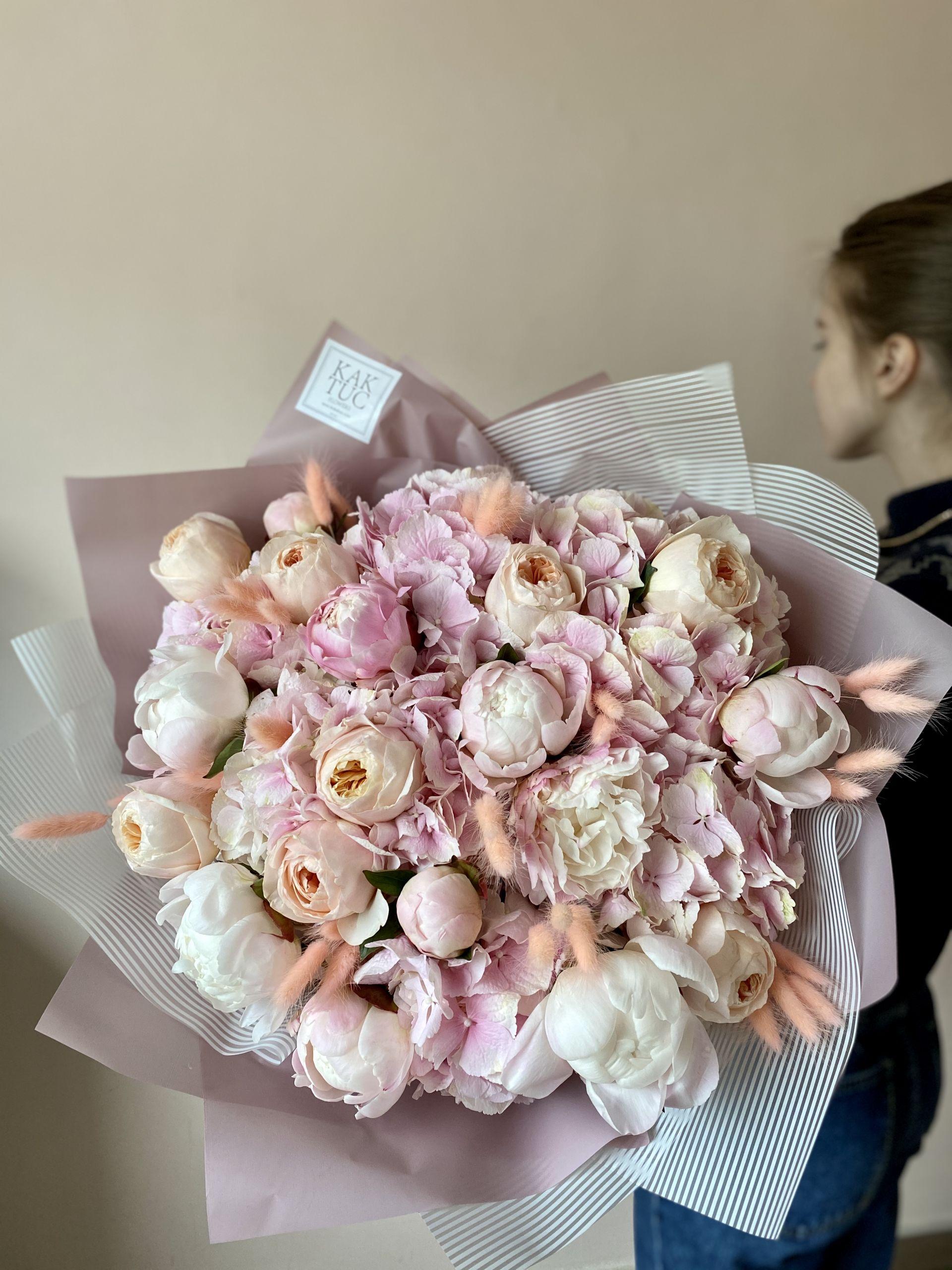 Букеты цветов с доставкой в Москве – идеальный выбор для современного человека