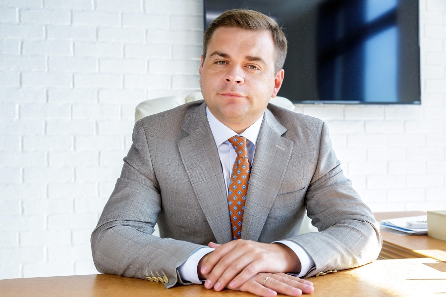 Виктор Николаев считает не самым правильным решением инвестировать в загородную недвижимость сегодня