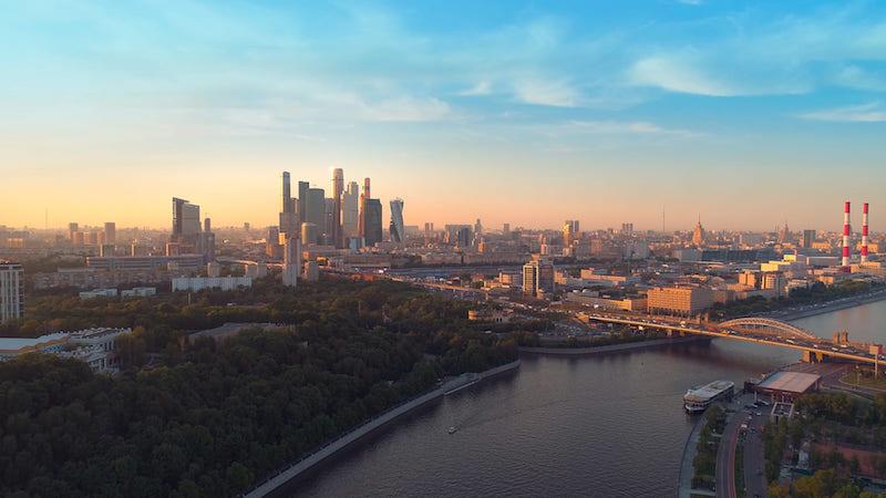 Бизнес-объединения обсуждают создание в Москве Совета по стратегическому развитию под руководством Владимира Ефимова