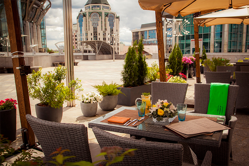 В мэрии Москвы рекомендовали владельцам ресторанов закрыть летние веранды