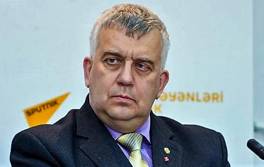Русский историк Олег Кузнецов в своей книге предупреждает об угрозе миру
