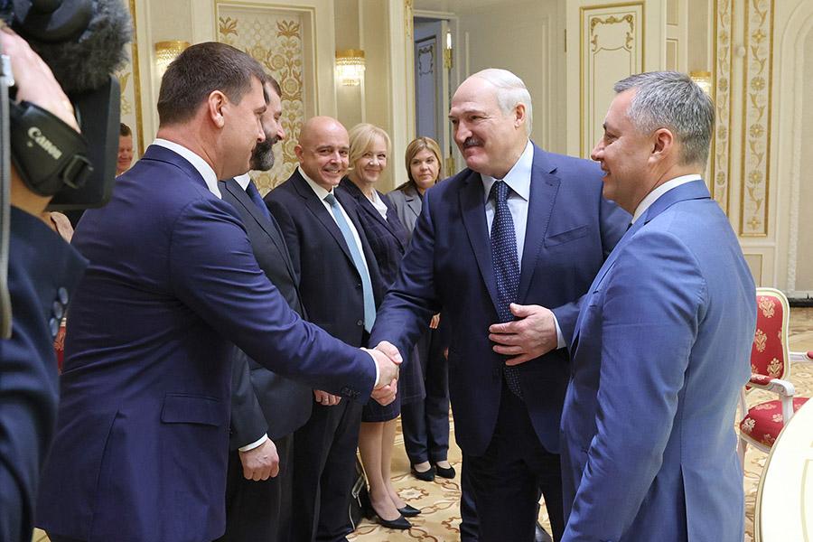 Лукашенко хочет построить морской порт в Ленобласти