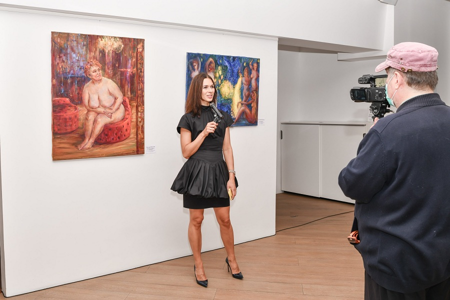 В Москве состоялось открытие выставки «ОбнаЖЕНие» (18+)