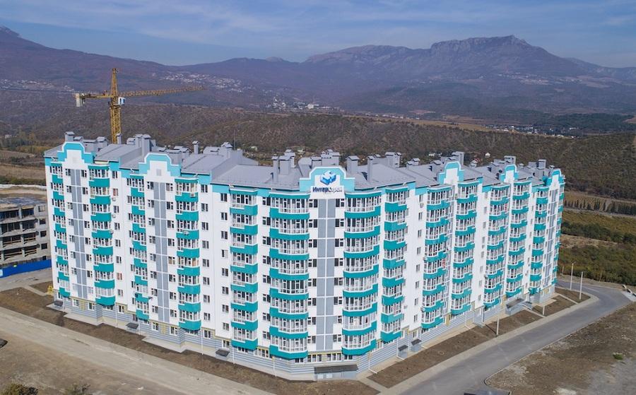 Успеть переехать к морю – в продаже остались последние 3 квартиры в ЖК «Семейный» в Алуште