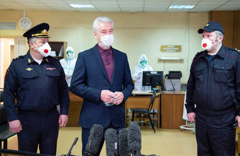 Из-за ситуации с Covid-19 власти Москвы стоят перед сложным выбором – эксперты