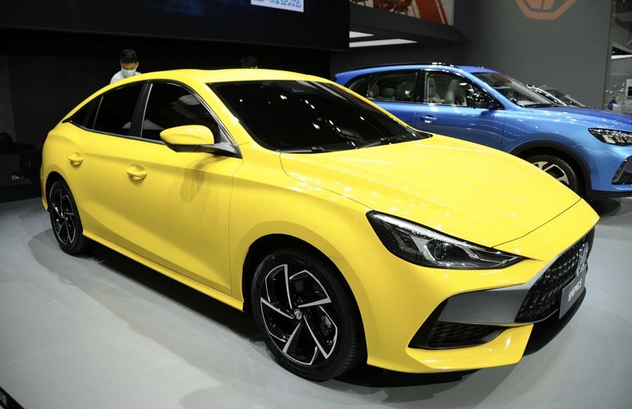 Hyundai Elantra или Mercedes-Benz CLA? На пекинском автосалоне прошла презентация MG5