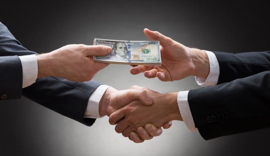 В России появится Фонд для охоты на коррупционеров