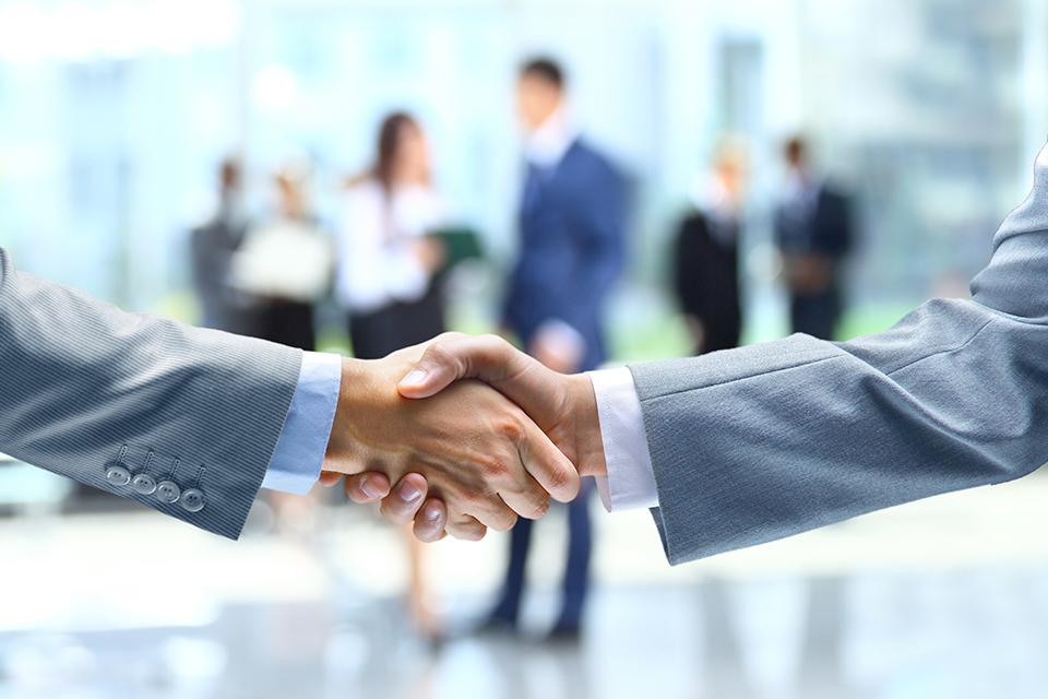 Skillbox: основатели бизнес-клуба «Атланты» стали авторами курса по бизнес-партнерству