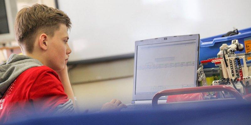 Наталья Сергунина рассказала о высоком уровне подготовки слушателей детских технопарков Москвы