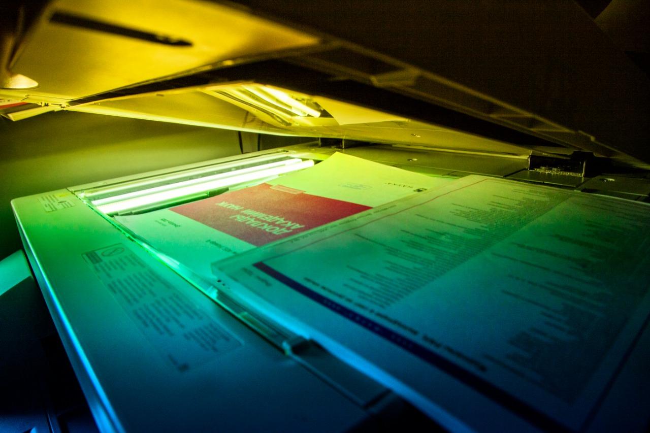 Специалисты ИФХЭ РАН успешно завершили масштабную работу по оцифровке научных журналов