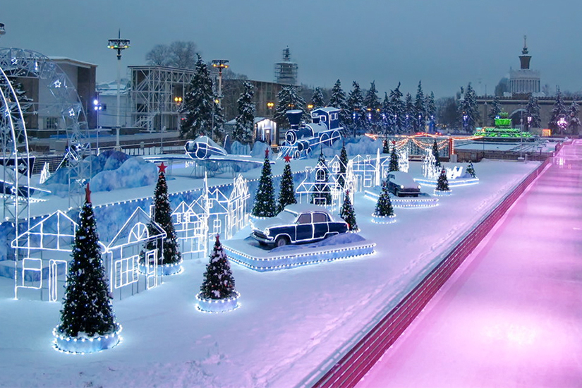 Мэрия Москвы сократит расходы на проведение новогодних праздников – эксперты