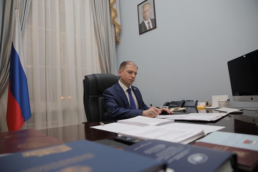 Михаил Романов: «Необходимо разработать единые правила ухода в стационарах за недееспособными инвалидами, больными COVID-19»