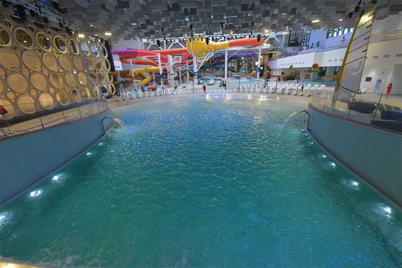 В Москве откроется первый в мире крытый серфинг-центр