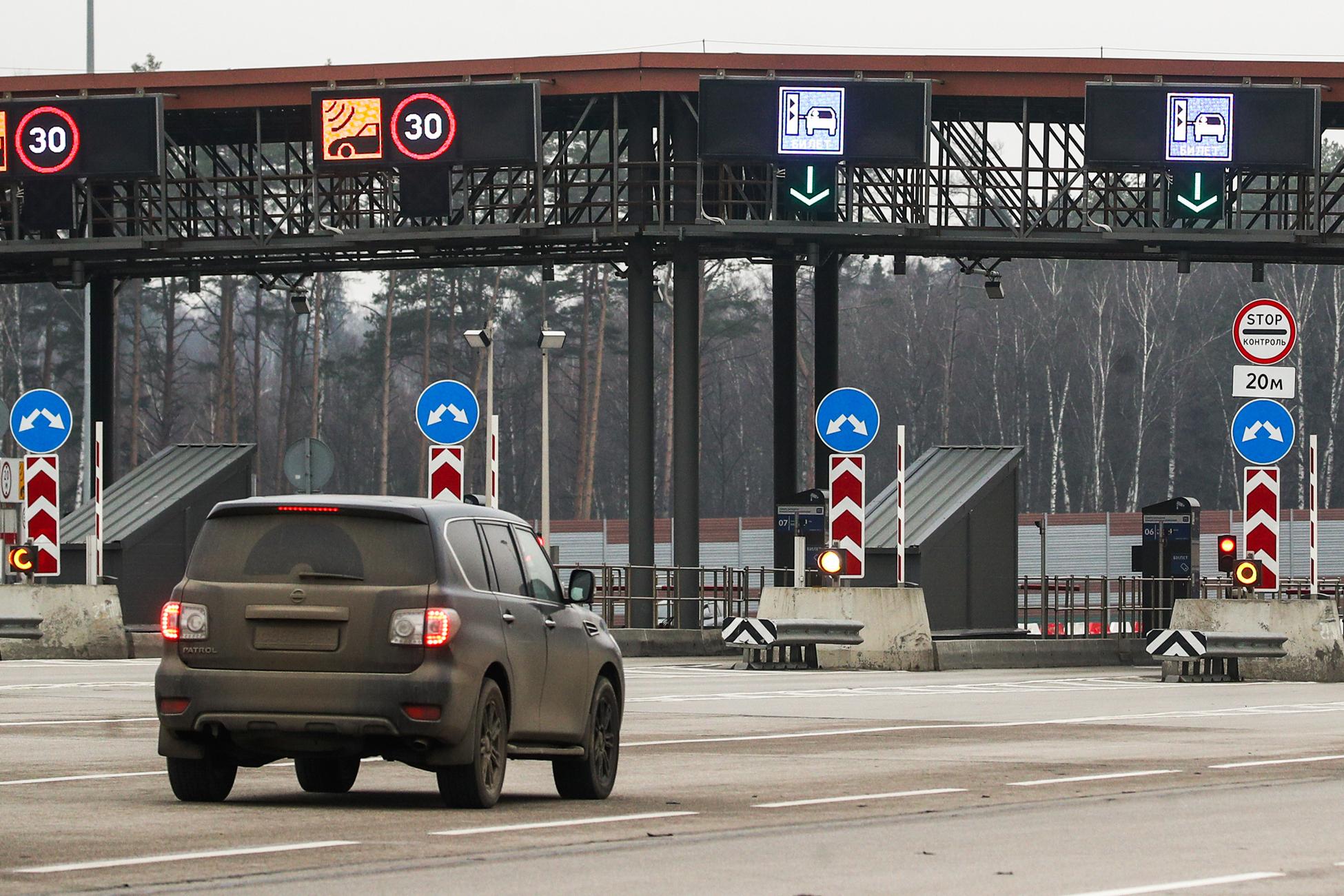 «Стоит своих денег!»: водители оценили систему безбарьерной оплаты free-flow на подмосковной ЦКАД