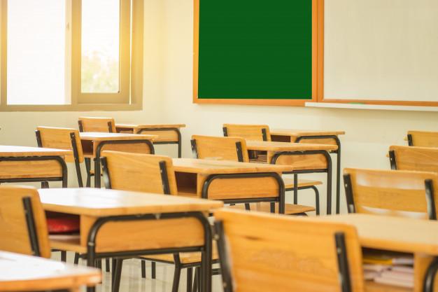 С 18 января школы российской столицы вернутся к очному формату обучения