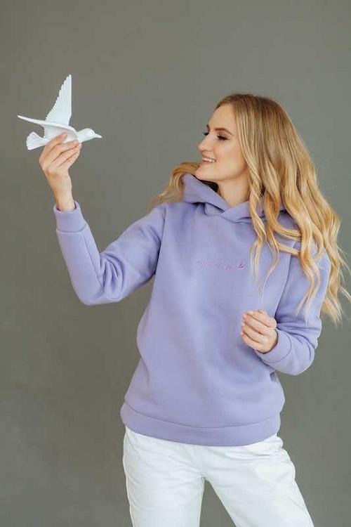 Покоряя женские сердца: чем предприниматель и дизайнер Марта Фролова вдохновляется при создании коллекции одежды