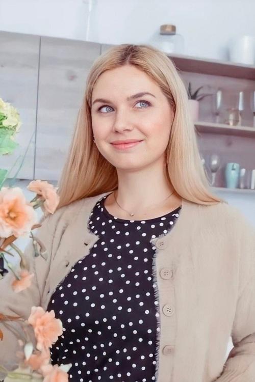 «Instagram – одна из самых перспективных площадок для заработка, проблемы перенасыщения здесь не будет», – Наталья Малиновская, создатель образовательного курса «Рекламный менеджер блогера»