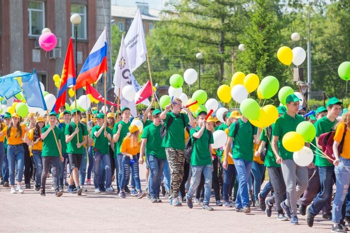 Волонтеры АО «СУЭК» посвятят 20-летию Компании акцию «20 добрых дел»