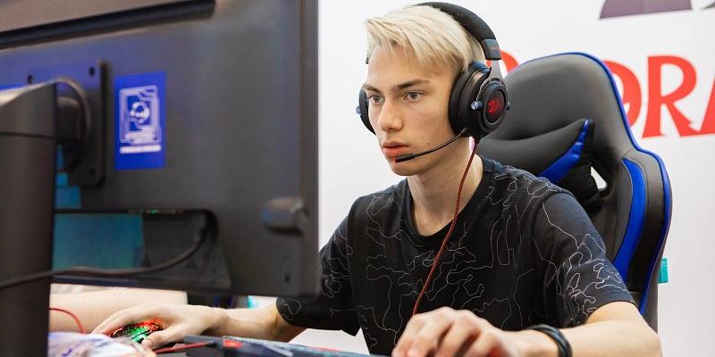 Московских школьников пригласили на Зимний турнир по киберспорту