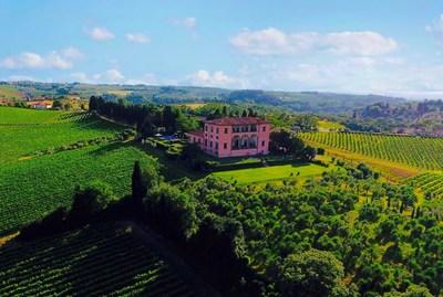 К производству тосканского вина Super Tuscan приступит Villa Mangiacane