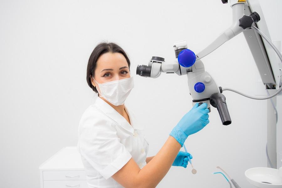 Основатель сети стоматологических клиник премиум класса Лилия Кузьменкова рассказала, по каким признакам можно понять, что у вас хороший стоматолог