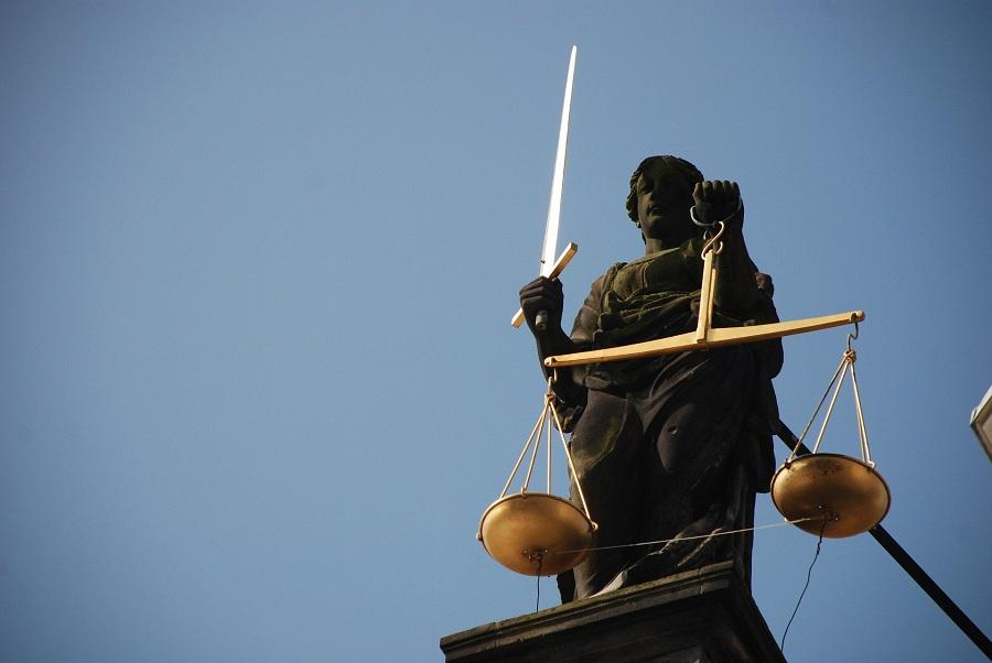 Во 2-й группе профессиональных юридических консультантов рейтинга Коммерсантъ закрепилась Crowe CRS Legal