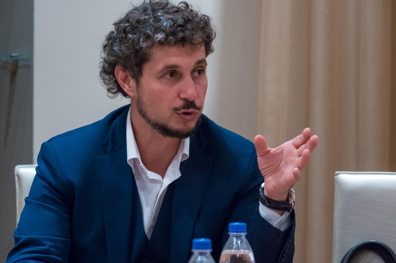 Вернуться к системе распределения выпускников вузов предложил Дмитрий Певцов