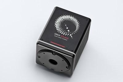 Научная камера Hamamatsu точно измеряет число фотонов для создания изображения