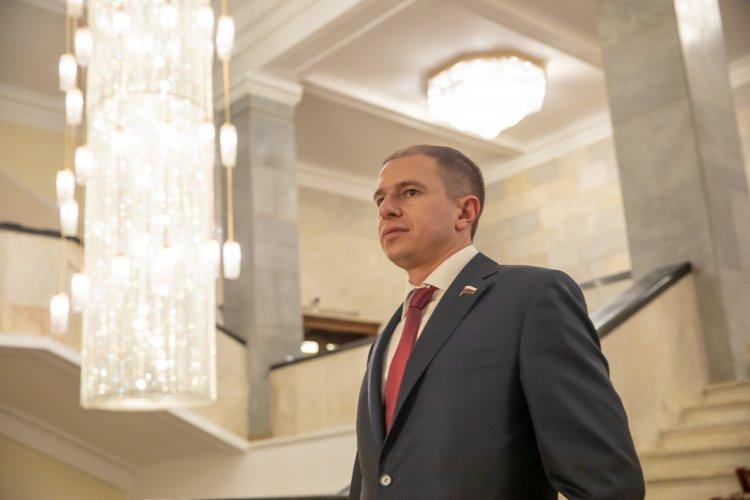 Михаил Романов: «Граждане не должны становиться жертвами коллекторов из-за долгов по ЖКХ»